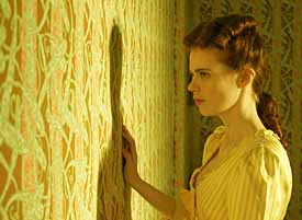 The Yellow Wallpaper Film Drama Reviews Ratings Cast And Crew
